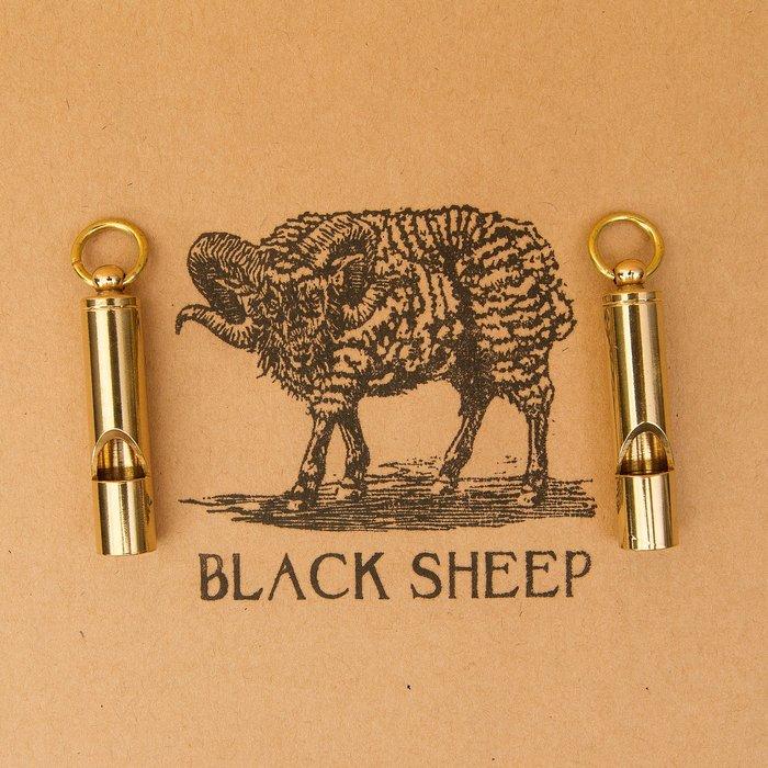 黑羊選物 黃銅哨子 可吹響 野生求救 隨身配件 黃銅 鑰匙圈 求救哨 養牛 復古 重機 送禮