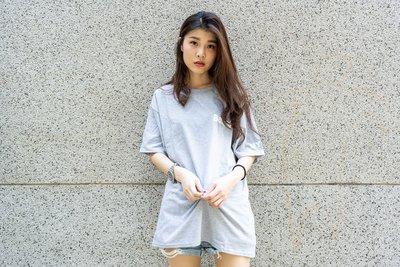 【A-KAY0】BELIEF X CHAMPION 男女 WORLD TRADE TEE 短T 灰【BLFXCHTGY】