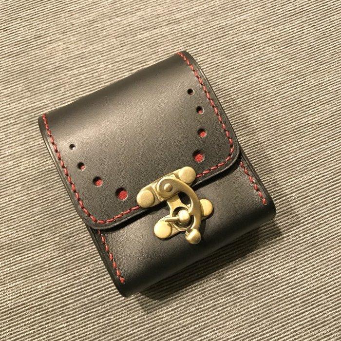 【IAN X EL】黑色純手工真皮牛角鎖煙盒 適一般短煙+打火機