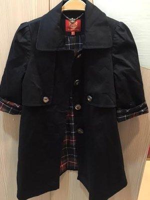 小花別針、專櫃品牌【Knights Bridge】早秋風衣外套