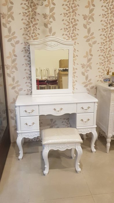韓式洗百刻花造型化妝鏡台組(含化妝椅)雕花白色化妝台