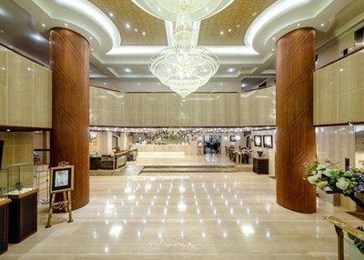 『永弘YOYO  』嘉義皇爵大飯店~2021平日精緻雙人房含2客早餐,每晚$1368元起