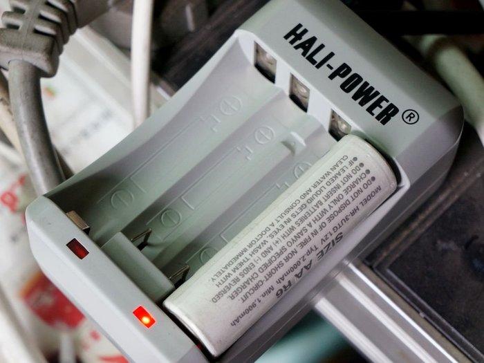 3號 x2 4號 x2 雙迴路 乾電池充 鎳氫電池 充