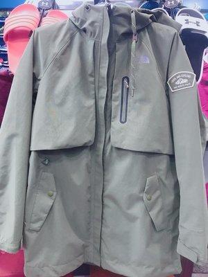 The North Face北面 女款 防水透氣 防風外套 連帽外套 NF0A3CIHZCE 軍綠色 公司貨 現貨