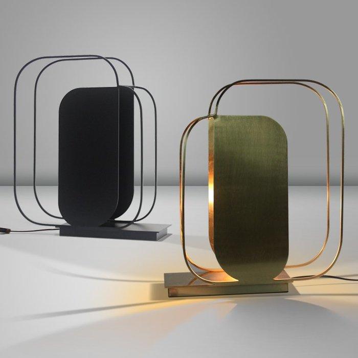【58街】「重疊線條台燈」檯燈,美術燈。複刻版。GL-166