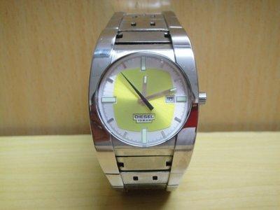 :: NiKo HoUsE ::【DIESEL】石英錶 / 男女生適用 / 鋼帶