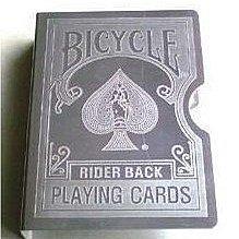 【意凡魔術小舖】 Bicycle牌夾單車牌夾(銀色不鏽鋼單車版本)側邊有方塊A可使用預言
