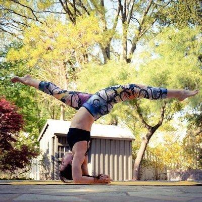 TuTu瑜珈精品╭☆美國 EAGLE ROCK【七分褲 BUTTERFLIES 蝴蝶 *8折】瑜珈褲/健身