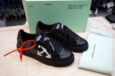JANET 全新真品~ OFF-WHITE 黑色 休閒鞋