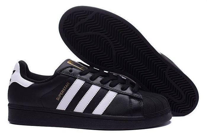 免運【日貨代購屋】代購 日本正品 ADIDAS ORIGINALS SUPERSTAR 金色鞋標 黑白滑板鞋