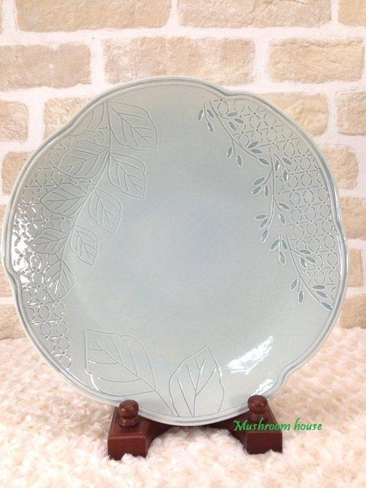 點點蘑菇屋 義大利WALD經典立體雕花大地色系列手繪高溫陶瓷32公分(天空灰色)點心盤 水果盤 晚餐盤 盤子 現貨
