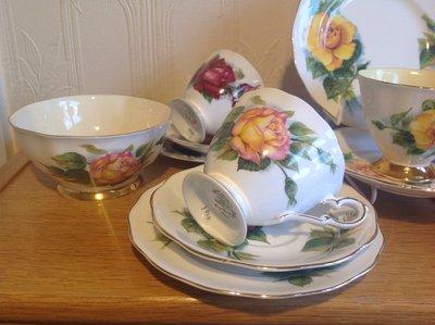 【達那莊園】英國製骨瓷器 Royal Standard皇家標準 Harry Wheatcroft世界著名玫瑰2 茶杯盤組