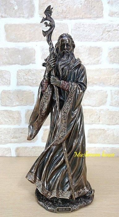 點點蘑菇屋 歐洲精品英國魔法師梅林雕像擺飾 Merlin精緻仿銅塑像家飾 巫師 現貨 免運費