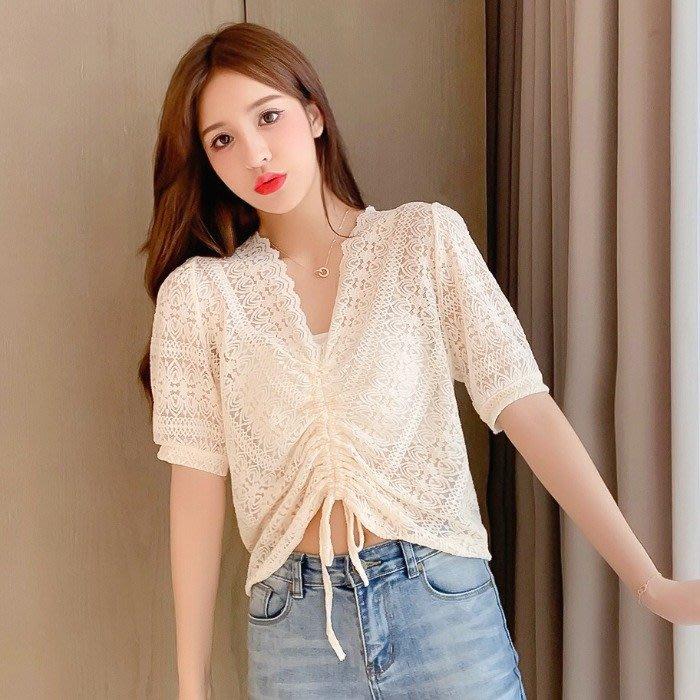小香風 短袖T恤 時尚穿搭 洋氣上衣 韓版 寬松 顯瘦 V領鏤空抽繩短袖蕾絲衫小衫女