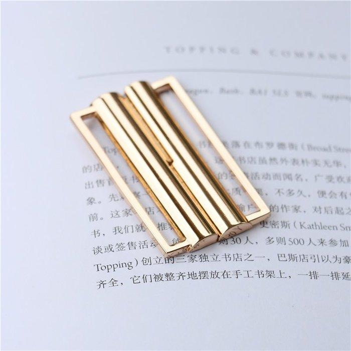 衣萊時尚-金屬腰帶扣對扣插扣女裝裙子雙桿弧面拱形光面扣子服裝輔料配件(規格不同價格不同)