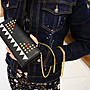 Fendi 8M0365 studded Wallet 卯釘摩摩鍊帶長夾
