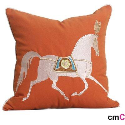 = cmCasa = [5370]歐式大器經典設計 皇馬仕刺繡抱枕套 L形沙發床適用