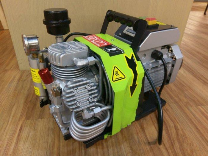 Speed千速(^_^)PA/ARTEMIS EC300 高CP值、高品質的氣槍專用打氣機 充壓可達300Bar
