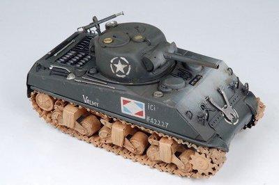 [ 尚霖模型館 ]模型古董戰車 { Q738-1 } 二次大戰 Sherman 戰車