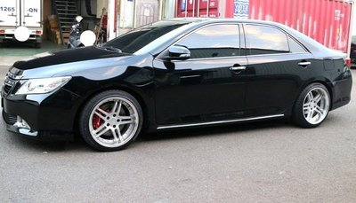 【Xiomara GT】煞車 卡鉗 活塞 TOYOTA CAMRY 330劃線洞碟盤 GT版-中六卡鉗 陽極紅