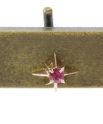 日本專櫃品牌~agete k10光芒星造型鑲紅寶石單耳耳環 限量熱賣品