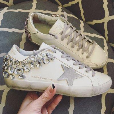 Fashion*韓國明星同款 超贊 做舊星星鞋 水鑽板鞋 女休閒運動鞋 厚底小白鞋/跟高2.5CM 34-39碼『白色