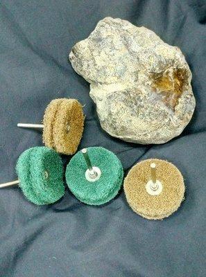 拋光纖維 40*柄3mm 粗細各2支 如圖拋光效果 石材為年糕玉(不含玉石)