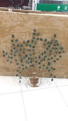 (台中 可愛小舖)鐵藝工業風生命樹造型鐵製吊飾綠色樹葉銅色花瓶牆壁飾品居家擺飾新家入厝賣場批發辦公室會議室工作室