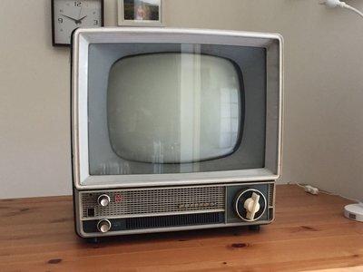 [已售出] 昭和 真空管骨董電視 National T14-Z1