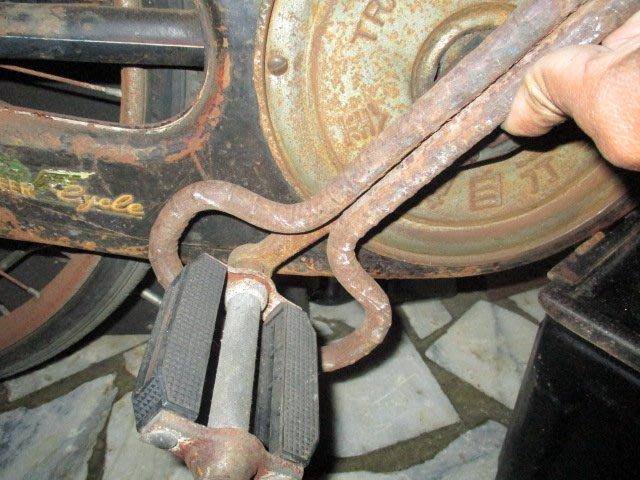 古董腳踏車..曲柄條整器..老工具..1支..專用