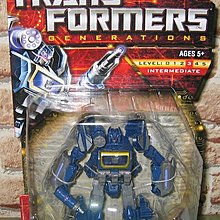 變形金剛 Transformers Generations Deluxe Cybertronian Soundwave