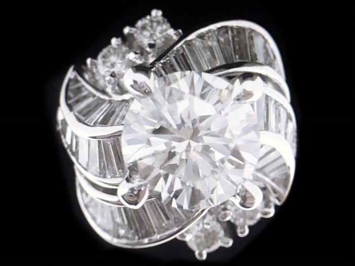 天然鑽石 豪華女戒