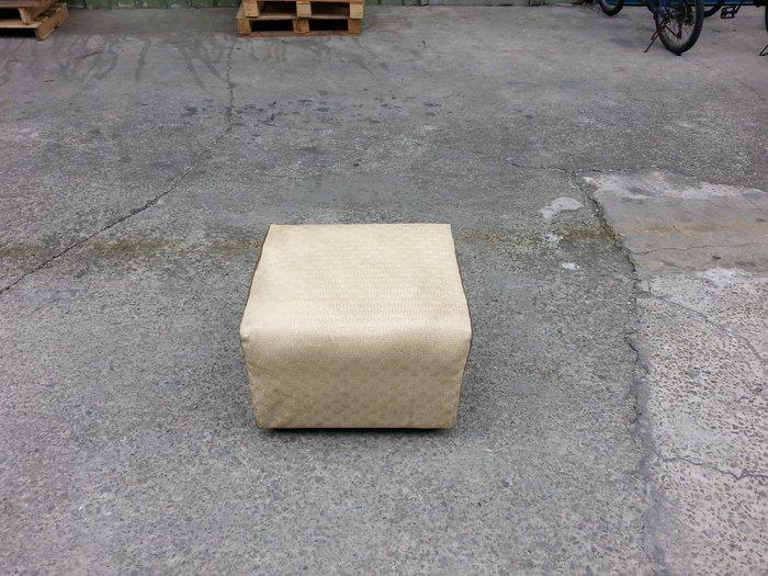 【安鑫】土城二手傢俱~皮沙發矮凳 靠腳椅 休閒椅 沙發椅 兒童椅~ 【A387】