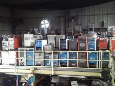 本公司專營:CO2溶接機/*氬焊機/*電焊機/熔接機*電離子切割機等--中古機買賣