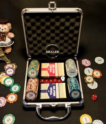 皇冠籌碼套裝(任選200片籌碼+鋁箱+骰子+撲克牌+贈品四選一) 德州撲克 21點 麻將 百家樂 大小點