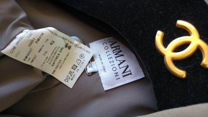 歐碼42 Armani Collezioni 淺卡其色單排兩釦西裝上衣