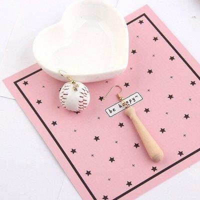 手作 搞怪 不對稱 球棒 棒球造型 垂墜式 耳針 耳環(可改耳夾)