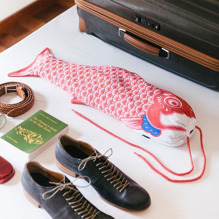紅色鯉魚旗洗衣袋西班牙原創設計日本和風鯉魚旗旅行髒衣袋旅遊周邊