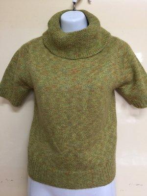 短袖高領毛衣