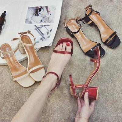 涼鞋女百搭露趾一字扣帶羅馬鞋性感夜店粗跟高跟鞋