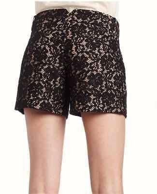(出清)BCBG Maxazria 黑色蕾絲短褲,尺寸 USA M 碼。有內裡,無彈性