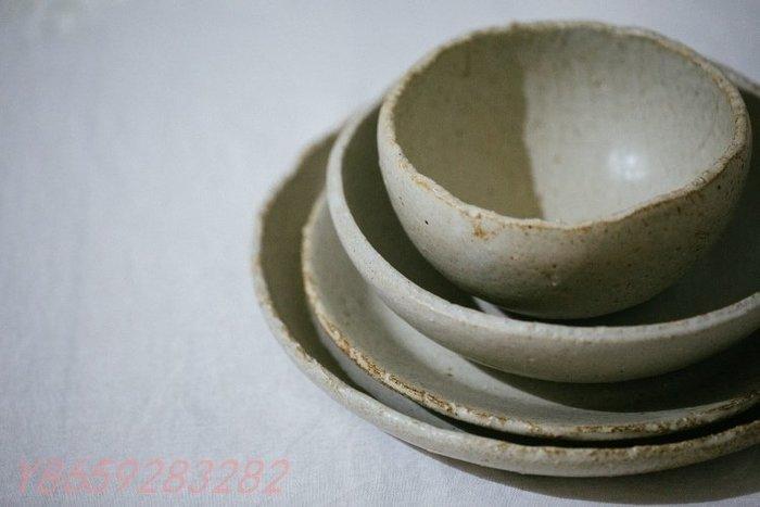 〖洋碼頭〗日本陶藝作家手作 原始感粗樸做舊斑駁粗陶餐盤 面盤 沙拉盤 面缽 C204