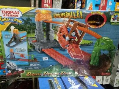 111玩具--正版----湯瑪士冒險軌道火車組,,特價2100元