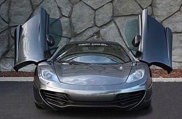 麥拿侖 2013年 僅跑2萬 賽車方向盤 歡迎收藏