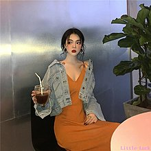 Little-Luck~ 春裝女2019新款復古夾克牛仔外套女春秋+純色V領吊帶連身裙
