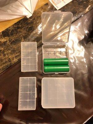 18650 鋰電池 擕帶膠盒2/4空間