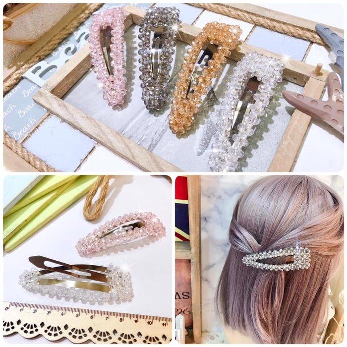 【Love Trina】9106-0508。圓珠型全魚線編織三角劈啪夾(8.5CM)。髮夾。髮飾(4色)