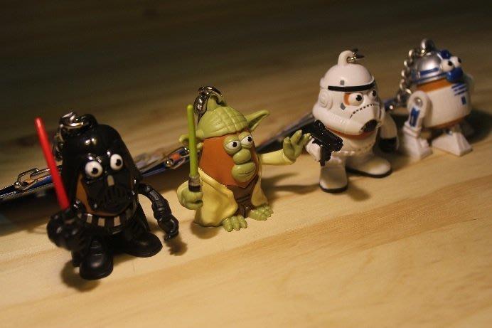 (I LOVE樂多)美國進口STAR WARS 星際大戰x蛋頭先生Q版鑰匙圈 本商品僅有各一隻 喜歡的千萬別錯過呦