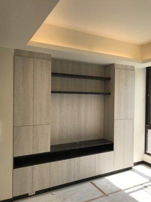台中系統櫃--豪宅式仿石材著迷雙開門系統電視櫃組 { 湯姆 豪宅仿石材系統櫃 } 客製化 現代風
