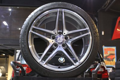 【 成佳汽車 】稀有 BENZ賓士C63 S 正AMG19吋前後配鋁圈含胎 W205 C43 C450 C63 AMG